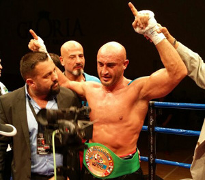 Aziz Karaoglu - WBC Mediterranean Champion-Titel