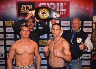 """Wiking-Boxer Angelo """"Europa"""" Frank vs. Andreas Reimer"""