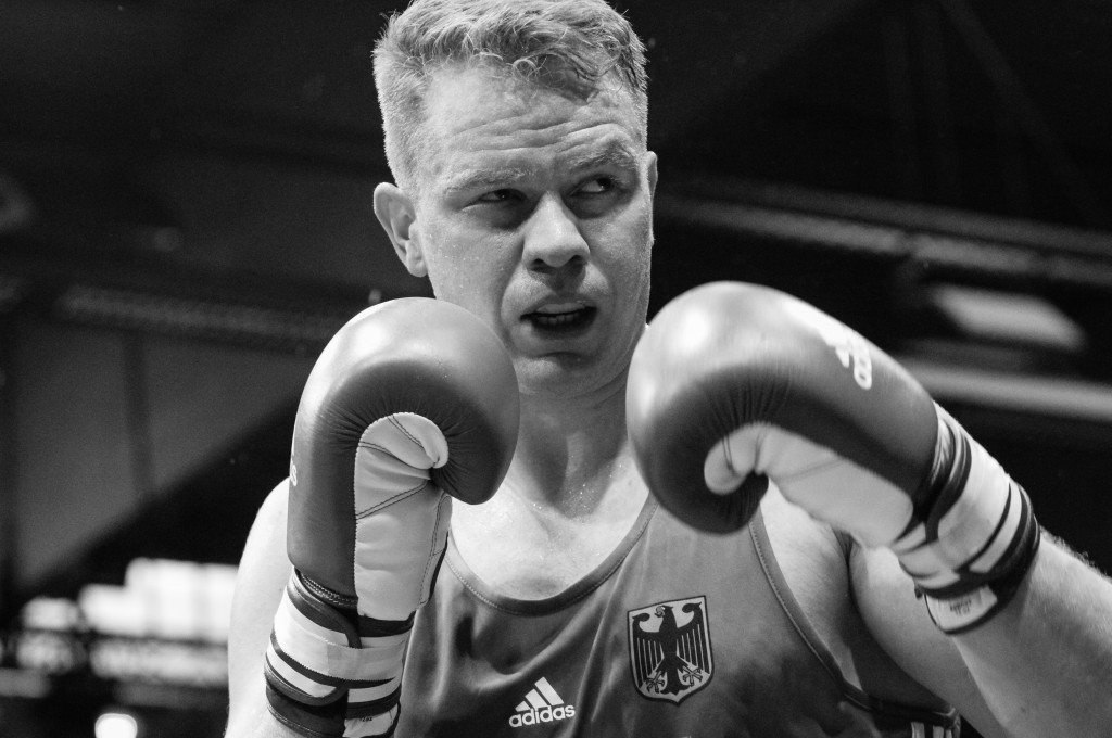 Boxen: Hamburg boxt !, Laederkampf, Deutschland - Moldawien, Hamburg, 01.07.2017 Max Keller (GER) - Ungearunu Liviu Constantin (MDA) © Torsten Helmke