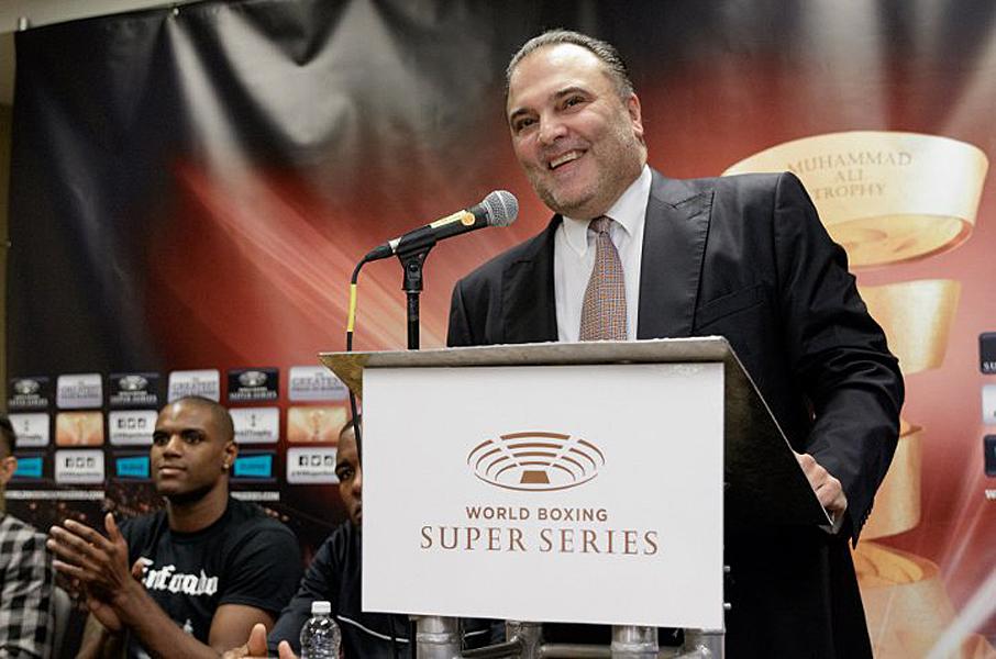 Richard Schaefer ist begeistert von den beiden anstehenden Halbfinales der World Boxing Super Series um die Muhammad Ali Trophy. Vier ungeschlagene Weltmeister unter den letzten Vieren des Turnieres - es boxen nun Weltmeister vs. Weltmeister. Mehr geht nicht!