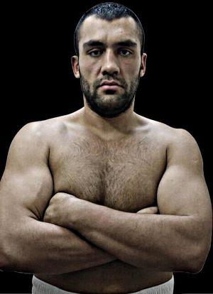 Ali Eren Demirezen, der in 7 Kämpfen ungeschlagene Türke wird ein erster harter Test für Michael Wallisch werden.