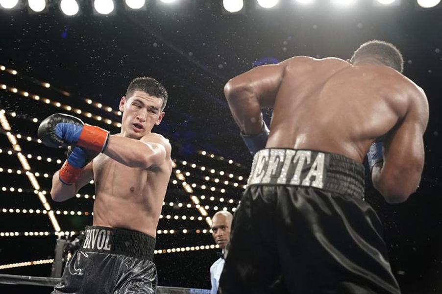 Dmitry Bivol vs. Sullivan Barrera4